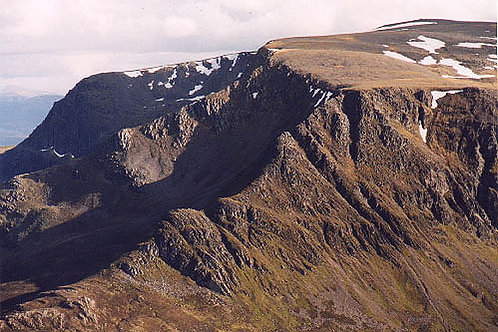 Lancet Edge, North Buttress & Long Leachas