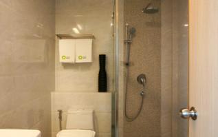 Wyne Bathroom
