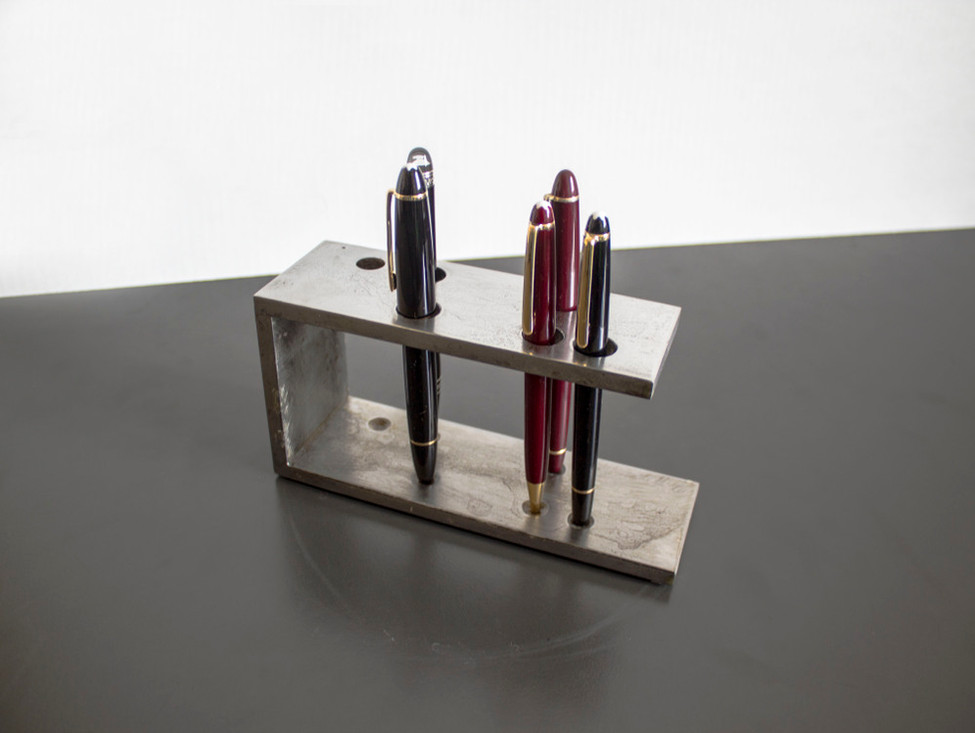 TRACCIA Pencil stand