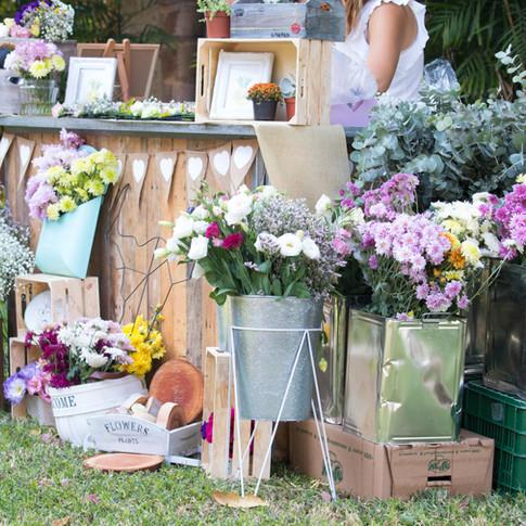 דוכן פרחים לחתונה