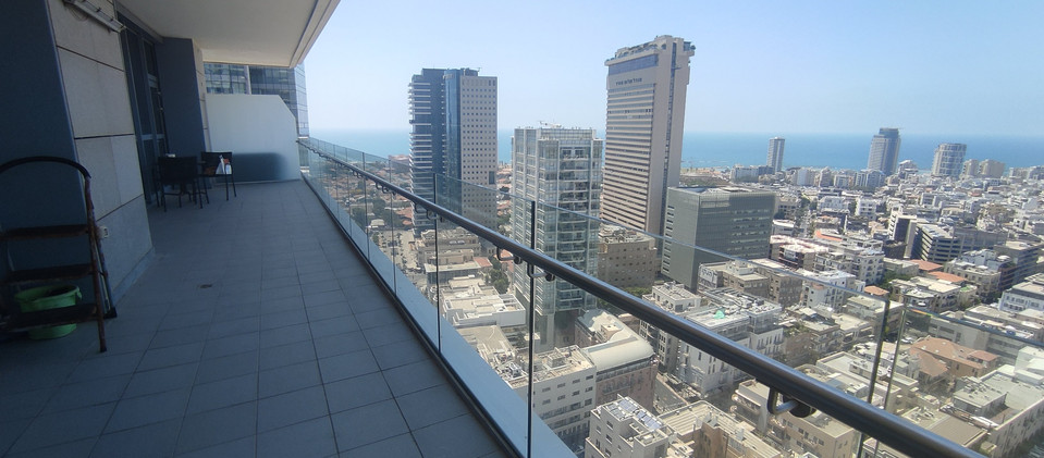Luxury apartments in Tel Aviv for sale and rent