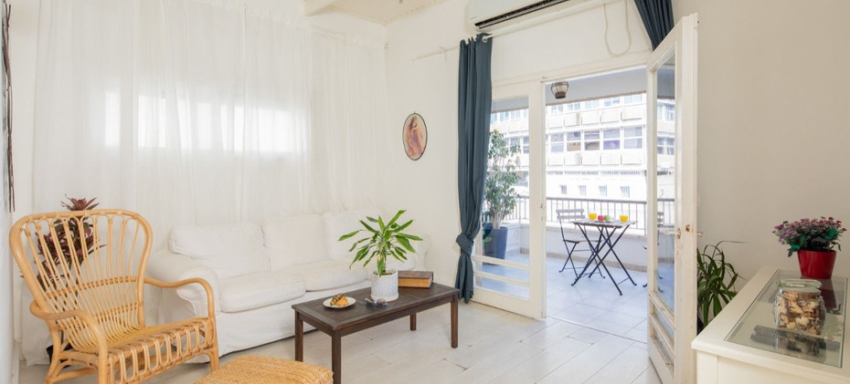 Rent an apartment in Tel Aviv