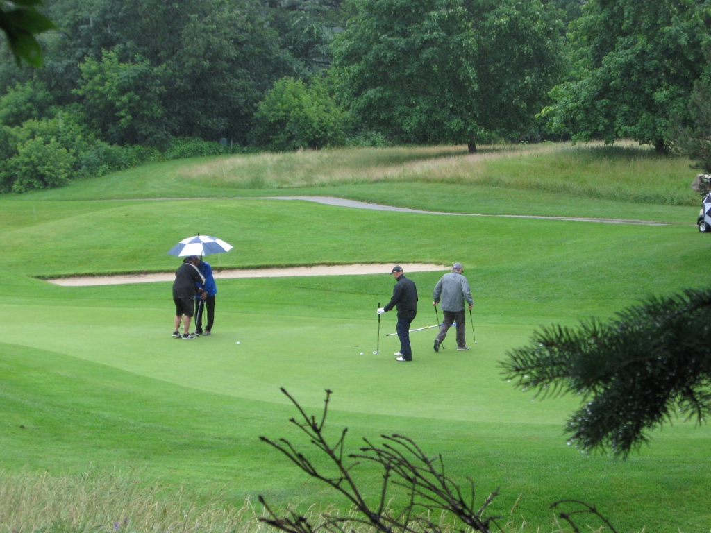 EddieO's PourHouse and Kitchen 2015 Golf Loinhead (3).jpg
