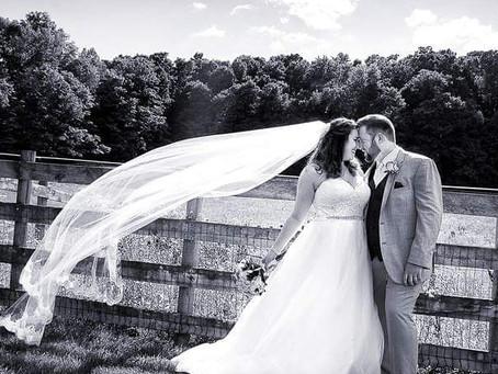 Black & White Wedding Day Image