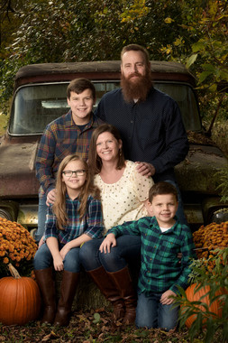 cny_fall_family_portrait_truck.jpg