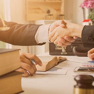 Advogados Especialistas em Contratos