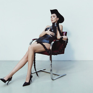 Hande Yener'in Anı Yakaladığı Albümü: Carpe Diem