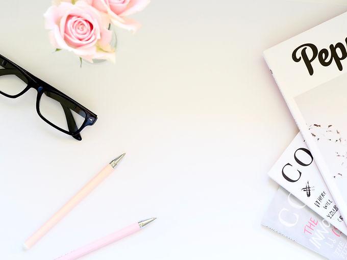 conceptual-desk-eyeglasses-1018137.jpg