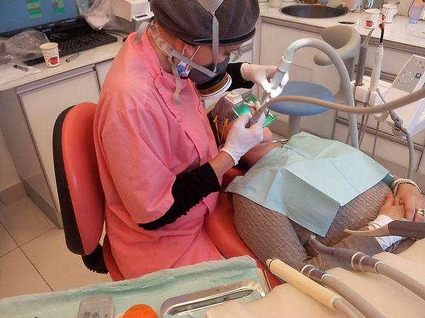 השתלות שיניים ביום אחד יהודית יסקין