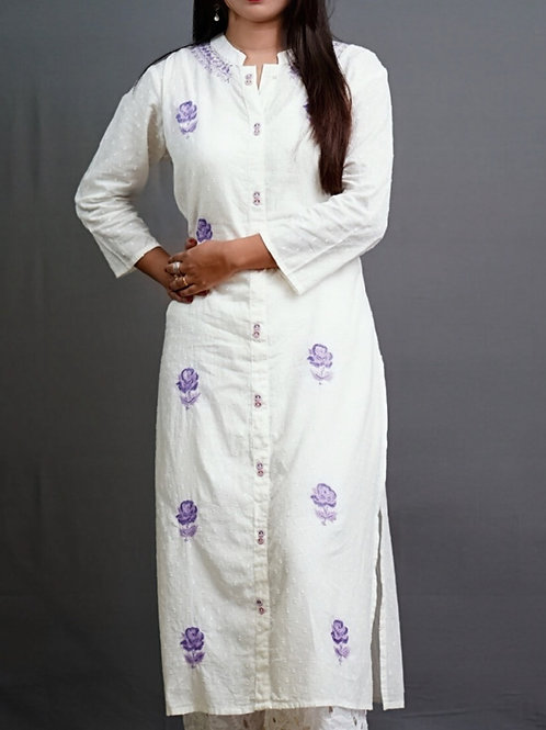 Off White Straight Kurta with Sozni Hand Embroidery