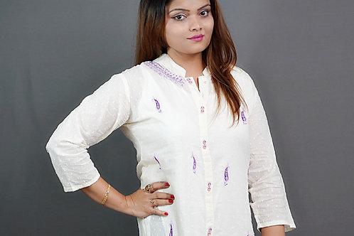 Off-White Straight Kurta with Sozni Hand Embroidery