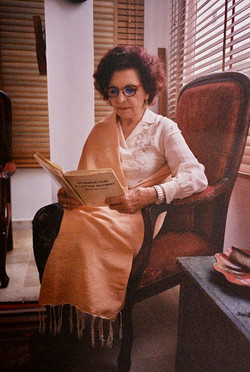 Faouzia Charfi in Fouta Harissa