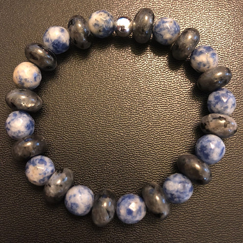 Faceted Sodalite and Labradorite Healing Bracelet