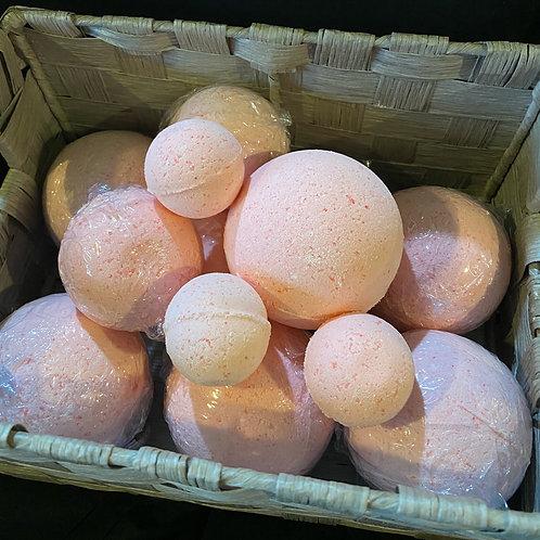 Sankofa Peppermint & Coconut Oil Bath Bomb
