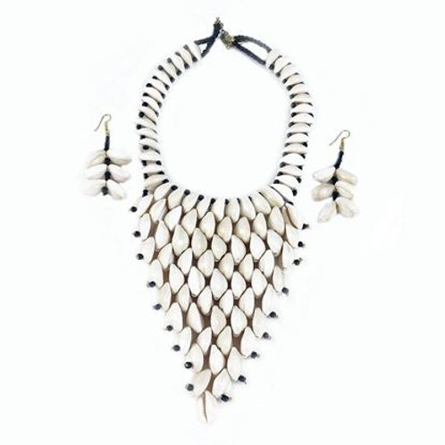 Kodi Cowrie Shell Necklace and Earrings Set