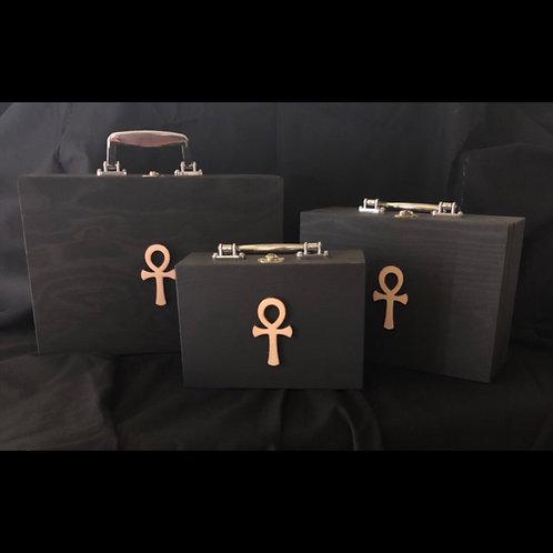 Black Ankh Clutchbox Set