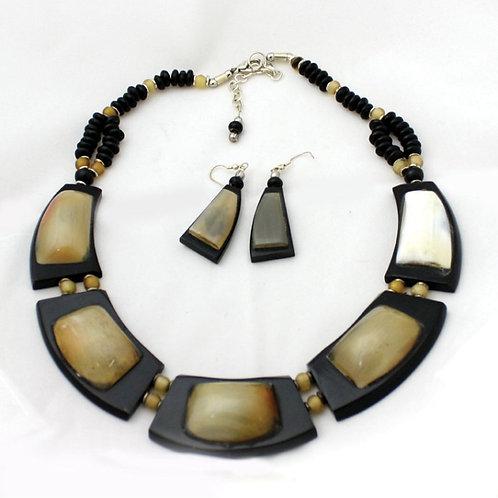 Bronze Quartz Beaded Necklace