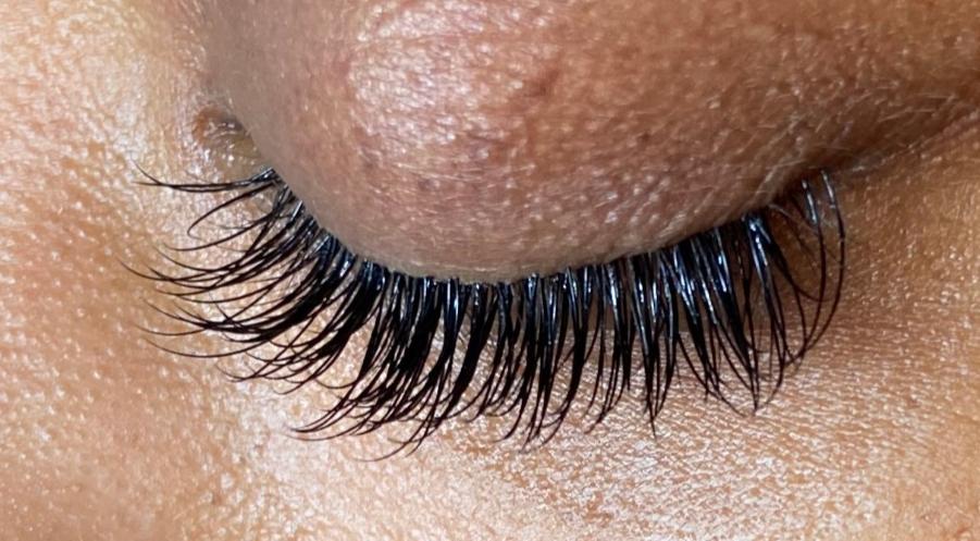 Eye Lash Extension Class