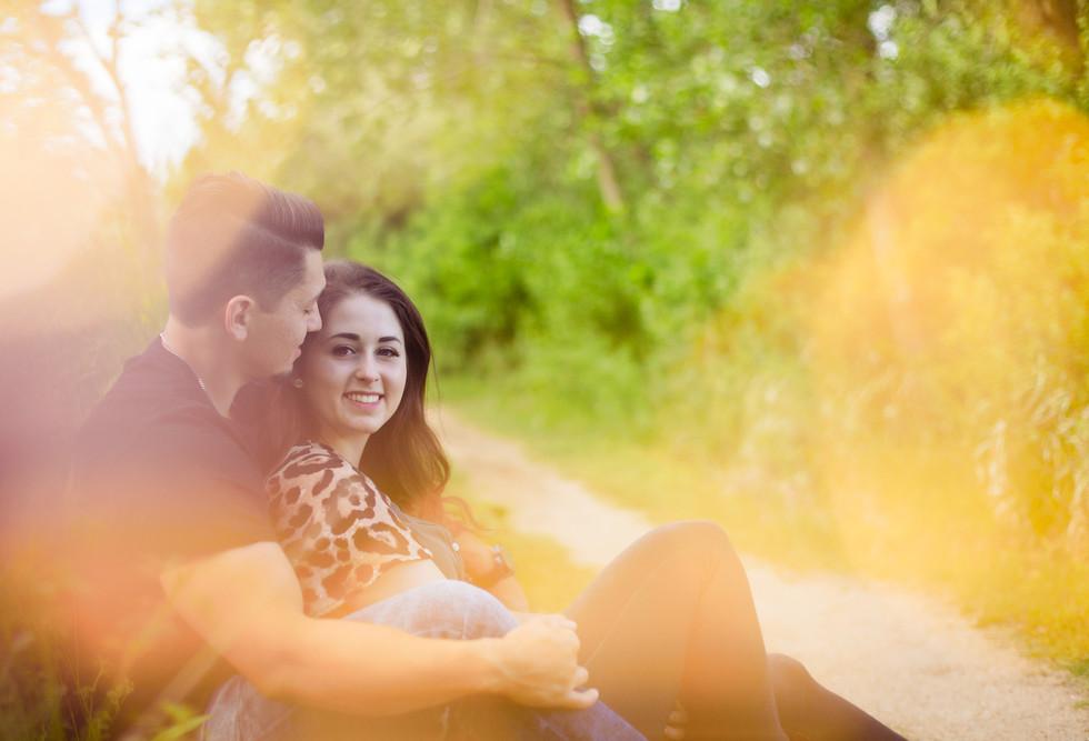 Allison_Juan_Engagement-Photos_Mahoney-S