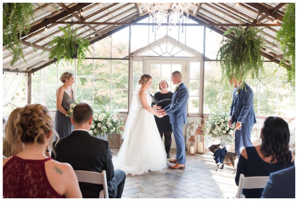 Green-house-wedding-Historic-shady-lane-cat-granger-photography-fall-wedding-stella-york