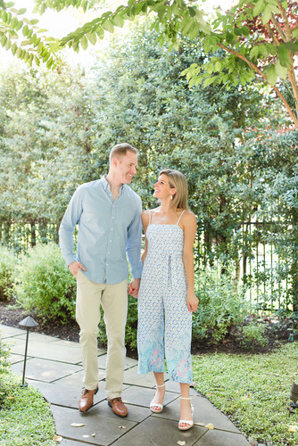 Laura-Matt-Enagement-McLen-virginia-phot