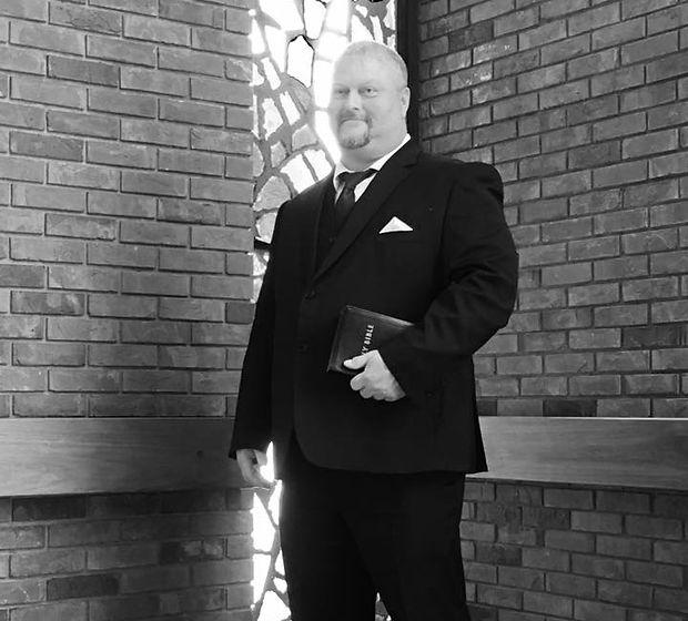 Pastor Mitch Hallmark