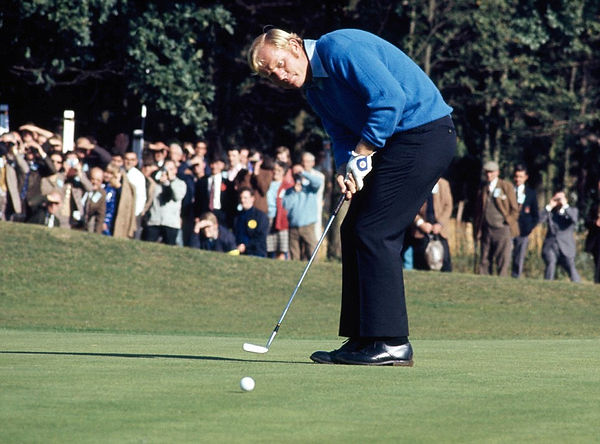 Jack Nicklaus swing the pro