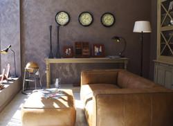 furniture-2387636_1920