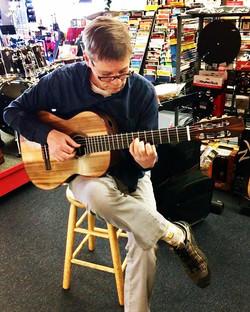 Richard Larsen Guitars, coming soon to H