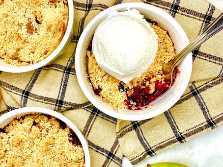 Healthier Berry Apple Cobbler