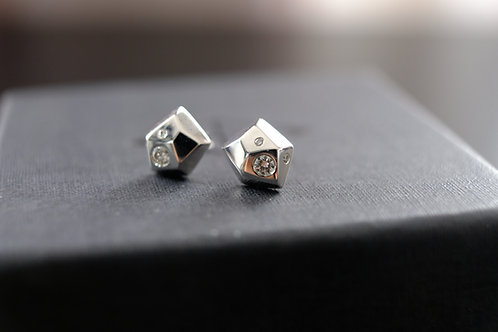 Gravel Diamond Studs