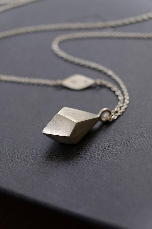 Gravel pendant - Large