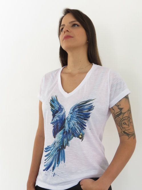 camiseta arara-azul-de-lear feminina