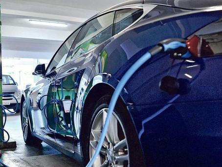 【財政預算案2021】環境局下月公布本港首份電動車普及化路線圖 2035年前停止新登記燃油私家車