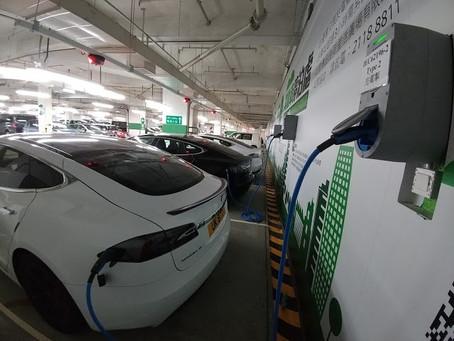 消息指新落成大廈須設電動車裝置 費用由政府發展商承擔