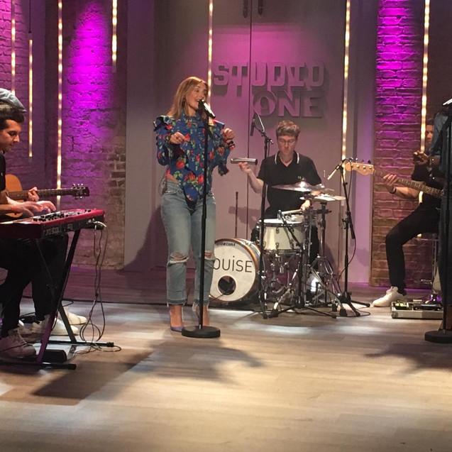 Louise - The Sara Cox Show