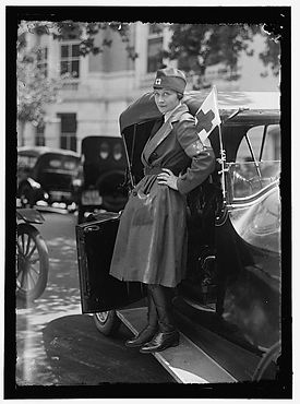 1917 woman driver.jpg