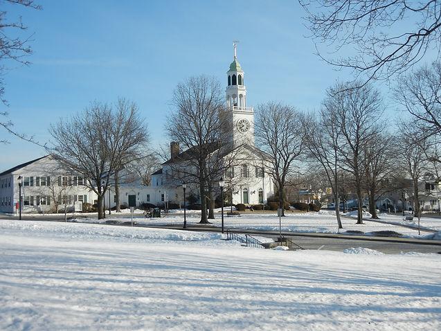 Downtown_Reading_Massachusetts.jpg