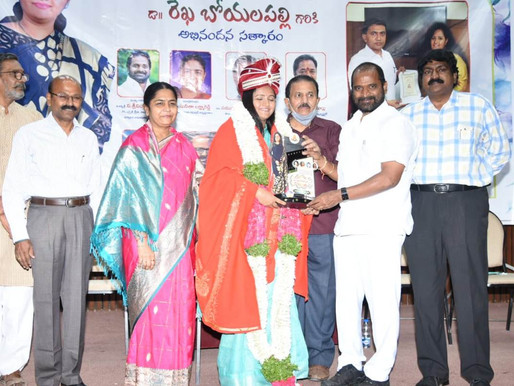 Minister felicitated prominent sports person Rekha Boyallapally for her social service