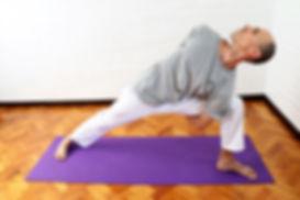 Postura de Yoga Parsvakonasana
