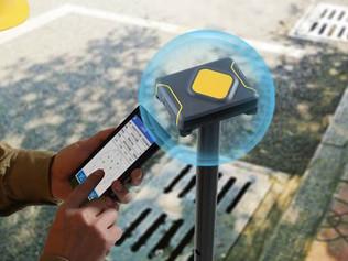 Receptor GNSS controlado por SmartPhone