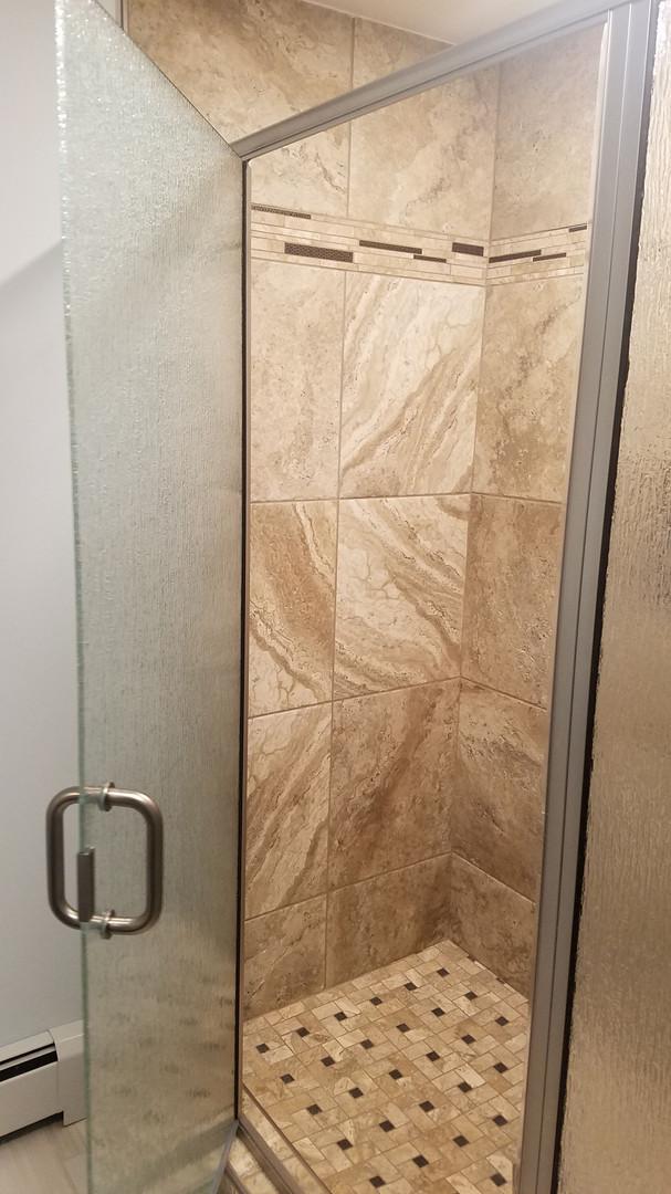 Dick Jones shower.jpg