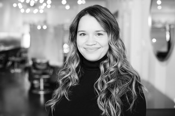 Kim Perez, Hair Stylist at Trianon Salon in Chicago