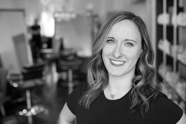 Julia Wozniak, Front of House, Desk Manager at Trianon Salon in Chicago