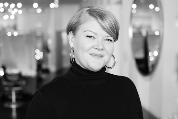 Tara James, Assistant Manager, Hair Colorist, Balayage Specialist at Trianon Salon in Chicago