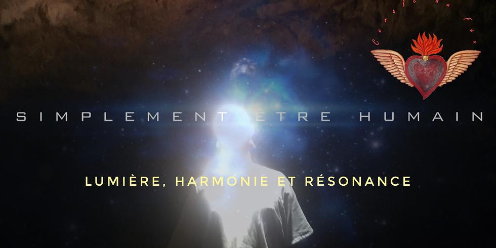 Cercle du Feu:  Lumière, Harmonie et Résonance - 5 Men