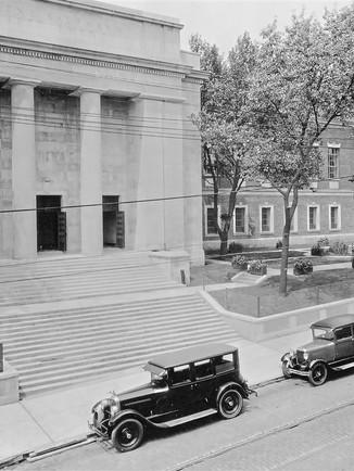 kaufmann building 1800s.JPG