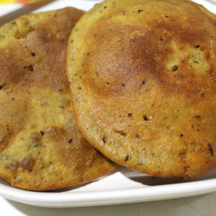 Spicy Methi Puri