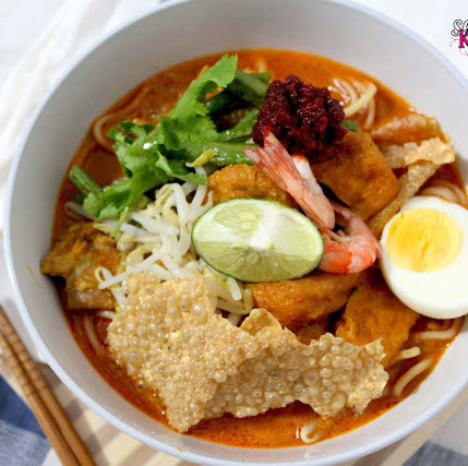 Curry Mee (Spicy Curry Noodles)