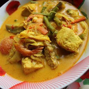 Sayur Lodeh (Creamy Coconut Soup)